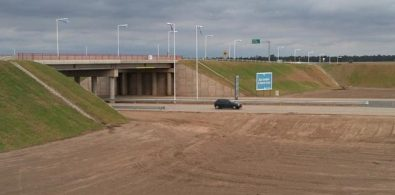 AUTOPISTA. Puente intersección con Ruta E-59